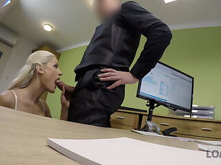 VIP4K. Chick wants to open online shop so why fucks for big
