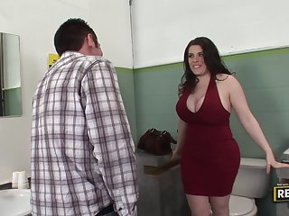 Daphne Rosen Gets a Quikie in the Bathroom