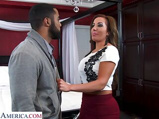 Super sexy realtor with massive tits Richelle Ryan bangs young black guy