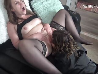 Swingers MILF Hanna and Chastity sharing a cock