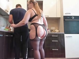 Chubby housewife