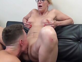 Sexy Mature Cougar Milf Enjoys Sex With Boy
