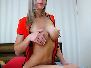 Sexy Blonde Milf Webcam Model With Perfect Body