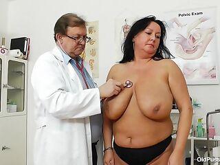Robislava Pussy Exam