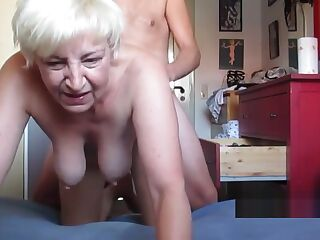 German granny roughly fucked doggystyle
