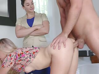 Paisley Bennett needs to suck step bros huge cock