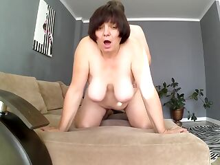 Mom sat with a big ass on a member of her stepson. Mom and stepson anal
