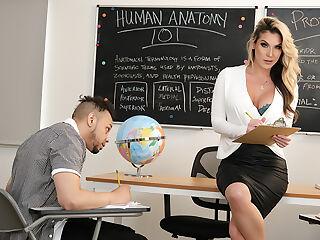 Professor Kayla Paige knows how to teach