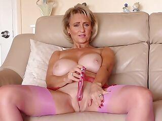 Michelle Nylons 4