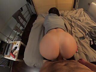 Amateur Babe Gets Raw Doggystyle!!!