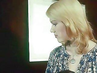 La Perversion D'une Jeune Mariée 1977 - Vintage Porn Film