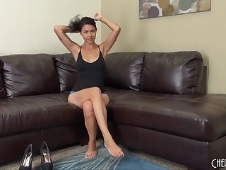 MILF puts both hands to work making her wet pussy cum