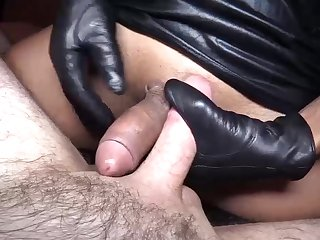 Kyrha - Bareback Topping Gloved HJ