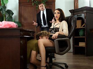 Lana Rhoades Fucks at the Office