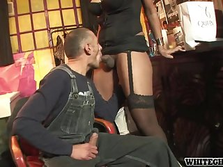 Shemale Beauty Wants a Plumber To Fix Her Black Pipe