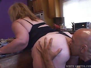 A Hardcore Scene With The Chubby Mature Lady Monlave